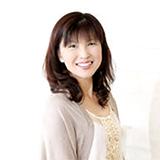 川田祐子講師。エレクトーン演奏グレード2級。同5 〜 3級試験官。